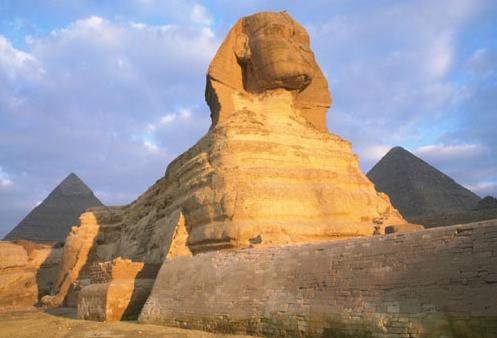 Sfinks - lew z ludzką głową